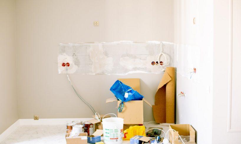 Renovation af rum i hus med elektricitet